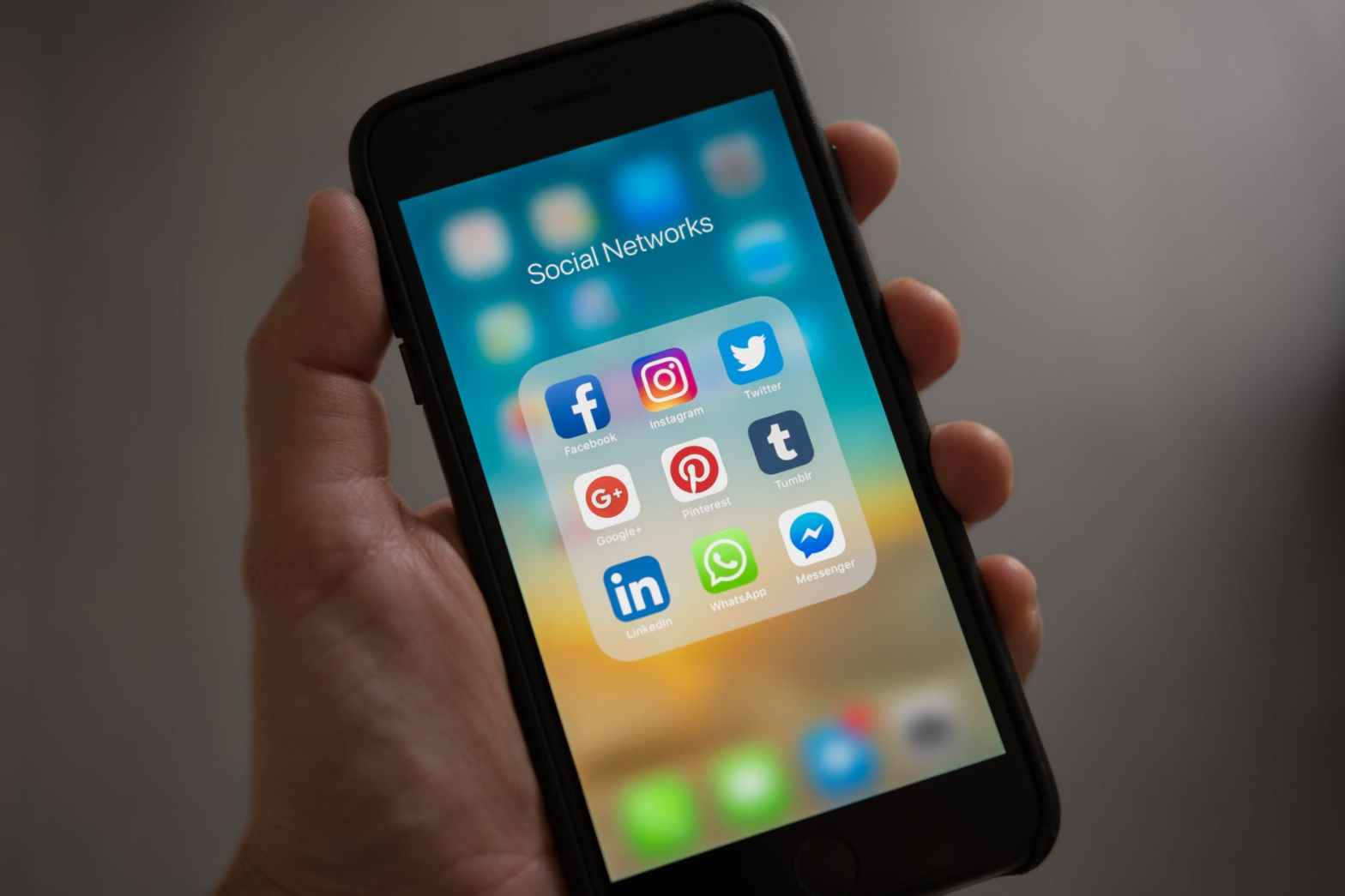 apple applications apps cell phone